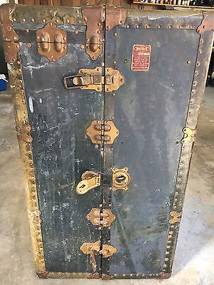 Vtg Antique Indestructo Wardrobe Steamer Travel Trunk Patina OLD Table Project