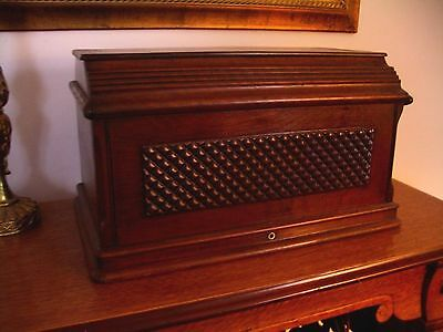 Singer Antique Sewing Cabinet Walnut COFFIN TOP Diamond Quilt Pattern