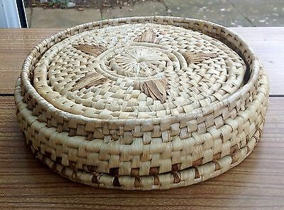 5 X Round Vintage Woven Placemats Table Mats In Basket