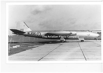 RAF 199 Sqn EECo Canberra B.2 WJ616 at Honington (1958) Vintage Photograph