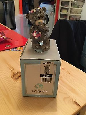 Me To You Bear Boxed Figurine - A Special Moment - Flower Girl Wedding Bear