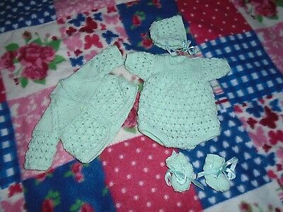 BRAND NEW  HAND KNITTED DOLLS CLOTHES TO FIT 10in BABY DOLL
