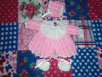 Brand New  Hand Knitted Dolls Clothes To Fit 14In Baby Doll