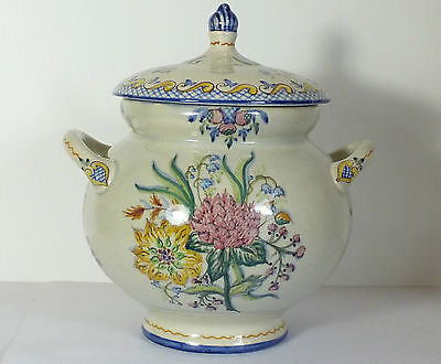 Beautiful Carvalhino Pottery Sauce Tureen Hand Painted