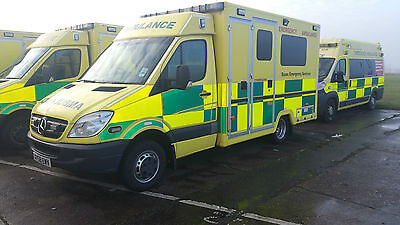 Ambulances 25 Sprinters   Frontline Vehicles 2009 And 2010 From £6000