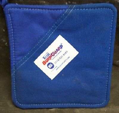 NEW TUCKER BURNGUARD PROTECTIVE APPAREL HOT PAD OVEN MIT  ITEM No. 8000 Blue
