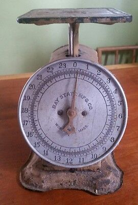 Vintage Bay State MFG Family Kitchen Scale Tan Pressed Metal Worcester , Mass