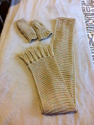 Womens/girls Long scarf and glove set