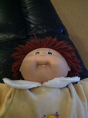 Vintage Cabbage Patch Kid Doll in clothes 1985 Coleco 18 inch wool hair