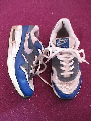 Boys Nike Air Max Trainers  Size Uk 2