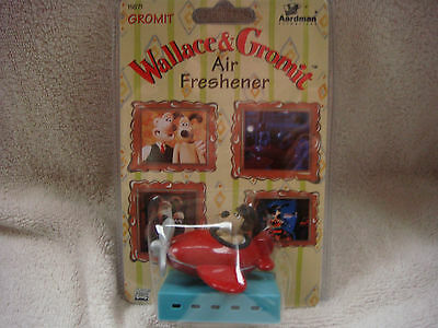 wallace and gromit car air freshener gromit in plane BNIP