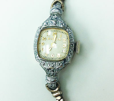 Bulova vintage 10K Gold Filled 17 Jewels Unajdusted Ladies Watch (for parts)
