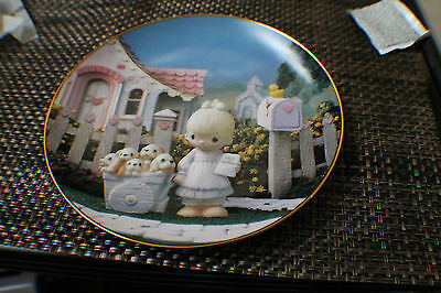 Precious Moments God Loveth A Cheerful Give Collectors Plate