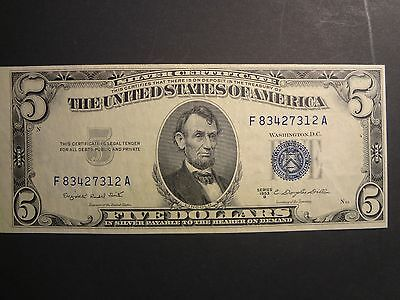 One 1953B $5. Us Note - Blue Seal -Smith/dillon