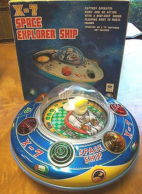 Vintage Battery Operated Japan X-7 Space Explorer Ship Flying Saucer MINT IN BOX