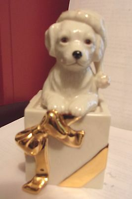 Lenox Christmas Golden Retriever Pup Puppy Dog Sculpture Dressed for Christmas