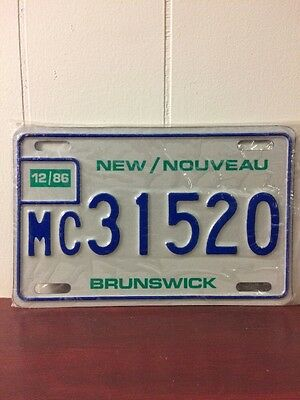 Unused 1986 New Brunswick Motorcycle License Plate MC31520