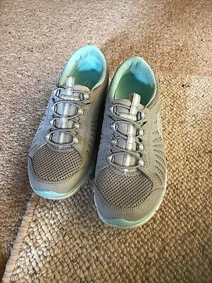 Skechers Grey Shoes Size 5.5