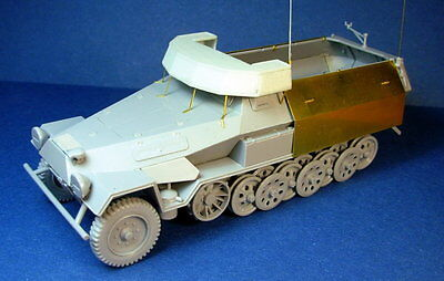 Minor 1/35 Up-Armoured Command Sd.Kfz.251 Ausf.B Conversion Set for Zvezda kit