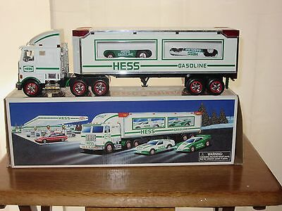 Original Box 1997 Hess Toy Truck Transporting 2 Friction Motor Racers