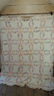 Vintage Double Wedding Ring Quilt - 1930's