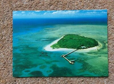 (R) Postcard . Green Island on the Great Barrier Reef