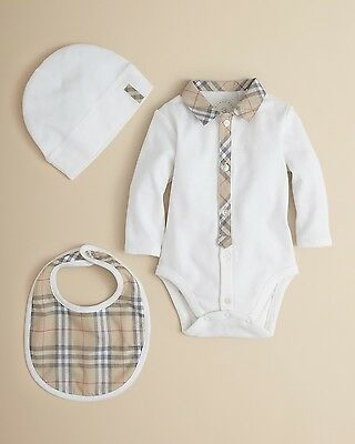 NWT BURBERRY infant Baby 3 piece White Check Trim Gift Set sz 6 Month