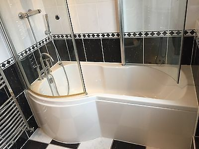 bathroom suite Inc Bath Toilet Everything Included