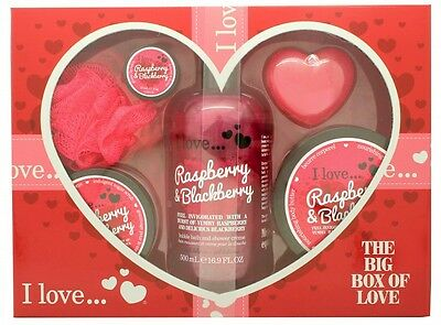 I Love... A Big Box Of Love Raspberry & Blackberry 500Ml Bubble Bath + 100Ml Sug
