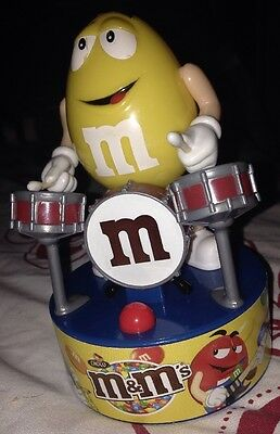 M&M ADVERTISING CHOCOLATE CHARACTER THE DRUMMER Sound And Movement Action