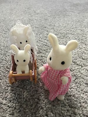 Sylvanian Families Pram with Rabbit Mother and Twins