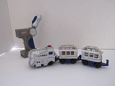 Fisher Price Geo Trax Silver Bullet Express Highland Scenic Train / Remote    11