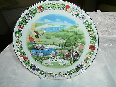 Regency Fine Arts wall plate Honeysuckle Hill The Day Trip vgc