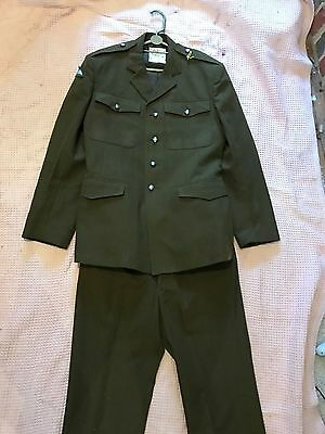 "Paratropper Officers British Army Uniform - Jacket and Trousers. 44"" Chest"
