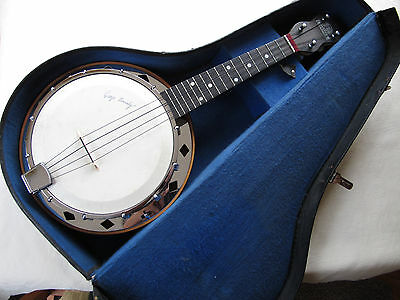 STUNNING ORIGINAL DALLAS D GEORGE FORMBY BANJOLELE UKELELE BANJO WITH CASE 1930s