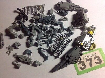 Warhammer 40K Chaos Space Marines Multiple Weapons Torso, Spikes Bits Parts #373