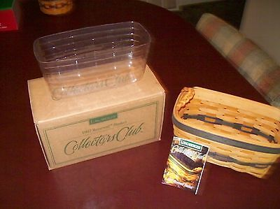 Longaberger 1997 COLLECTORS CLUB Renewal basket /PROTECTOR NEW IN BOX