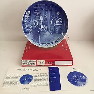 2000 BING & GRONDAHL Christmas at the Bell Tower Christmas Plate, Mint in Box