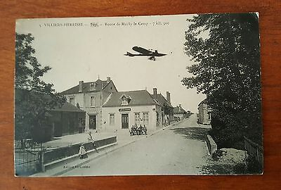 """CPA """"VILLIERS -HERBISSE (10),route de Mailly le camps."""
