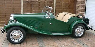 MG TD 1951, Stunning Classic Sports Convertible Car, Refurbished Beige interior