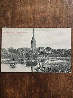Antique postcard of Salisbury cathedral