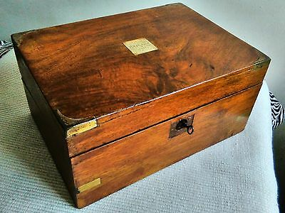 ANTIQUE VICTORIAN MAHOGANY WOODEN WRITING SLOPE DESK BOX with KEY