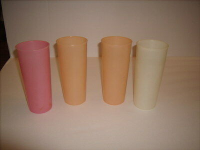 Lot of 4 Vintage TUPPERWARE 16 oz Pastel Tumblers Cups cup Excellent