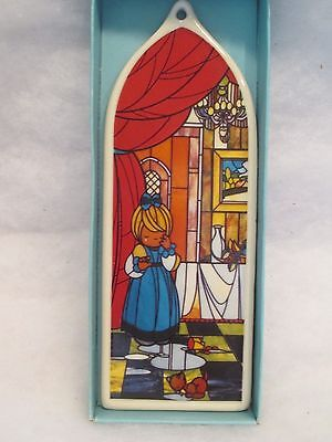 """Vtg Xmas 1989 Precious Moments Ornament--Porcelain--""""stained Glass""""--Pm290"""