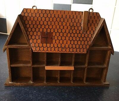 Wooden Thimble Display House