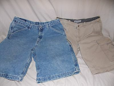 Lot of 2 mens cargo shorts, 36, Old Navy and Nautica