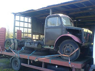 1944 Bedford OY World War 2 army lorry with 5729 miles on the clock!
