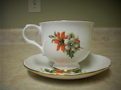 Christmas Bouquet Teacup and Saucer - Sadler Fine Bone China