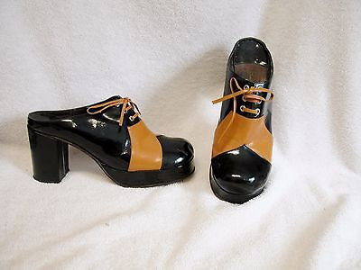 Vintage 1960s 2 tone patent leather chunky high heel platform clog, mule 6
