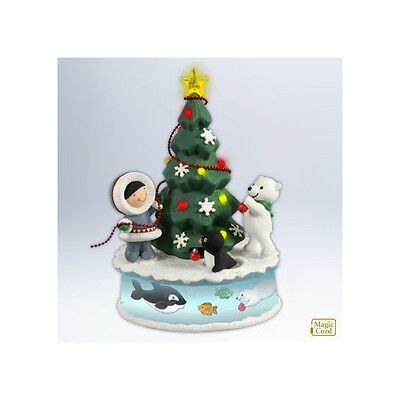 Trimming The Tree 2012 Hallmark Ornament Frosty Friends  Penguin Polar Bear Star